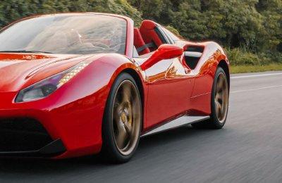 Ferrari Vs Lamborghini - 2 x 30 minuter/15 km per bil