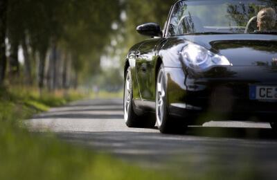 Provkör en Porsche