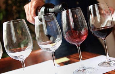 Vin + Lakrits = Sant
