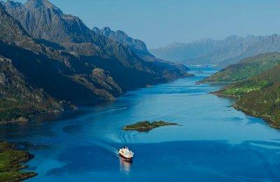 Hurtigruten (Kirkenes-Bergen 6 dagar) - Sommar