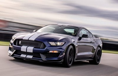 Kör Ford Mustang Shelby GT350 (40 km)