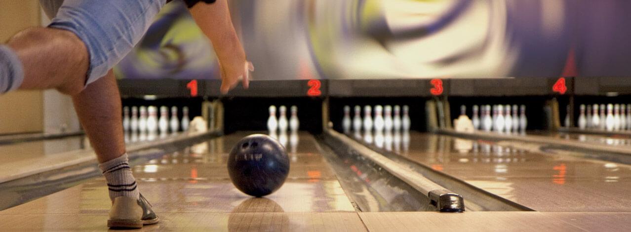 Produktbild för Bowling & Fika (1/1)