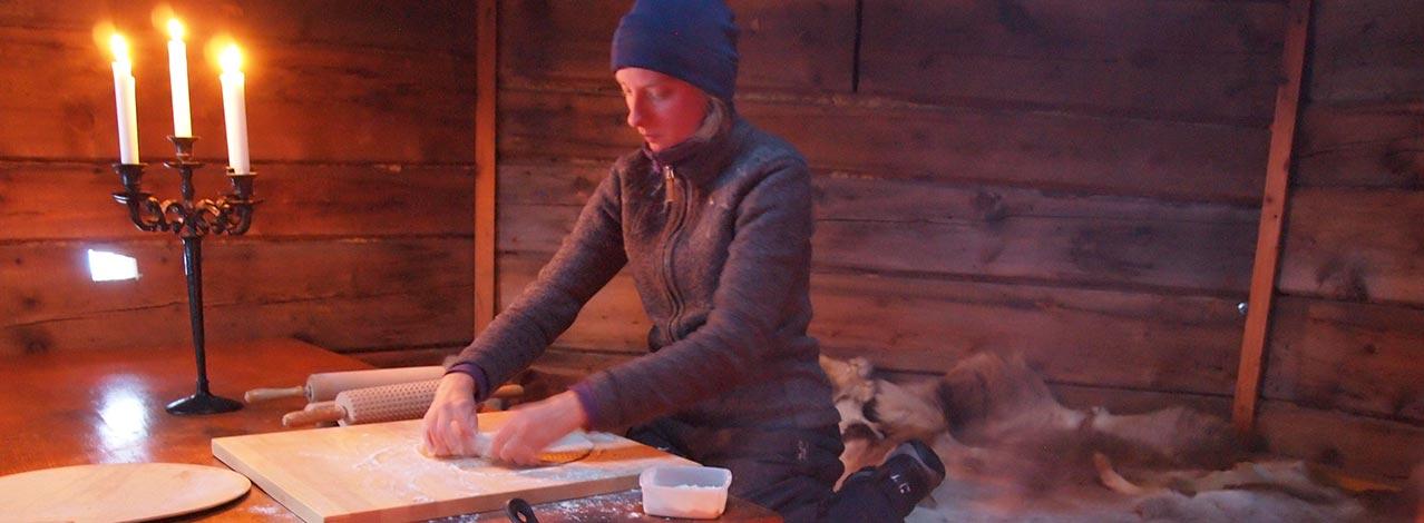 Produktbild för Traditionell samisk matlagning (1/1)