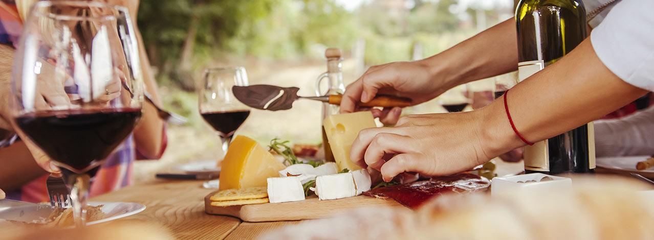 Produktbild för Vin- och ostprovning i hemmet (1/1)