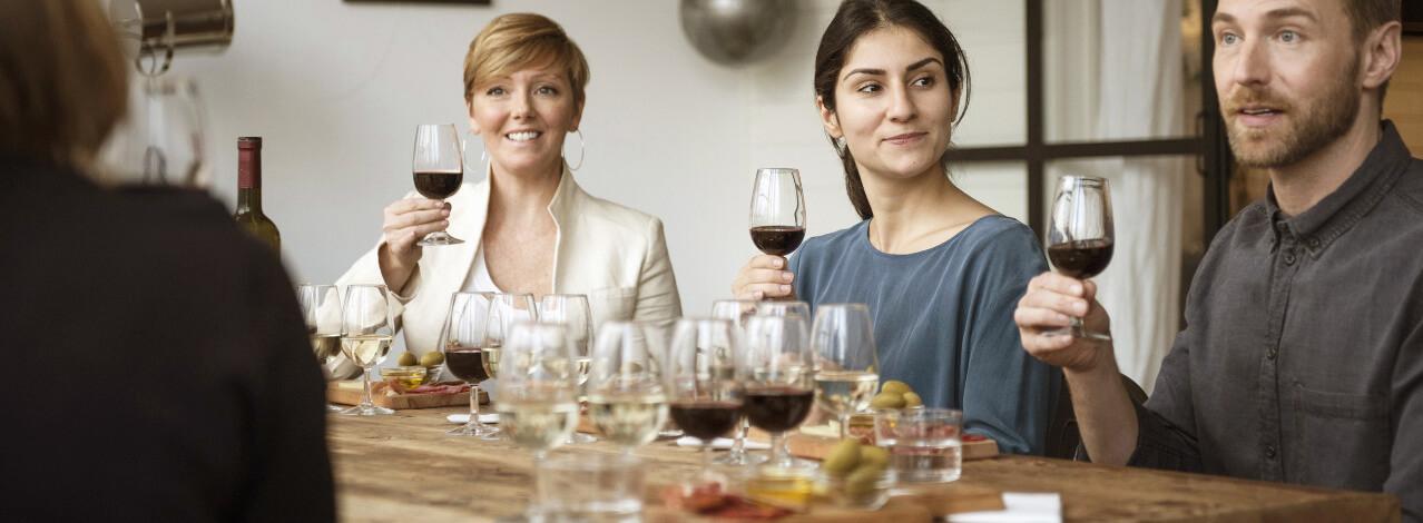 Produktbild för Vinprovning med Mat (1/1)